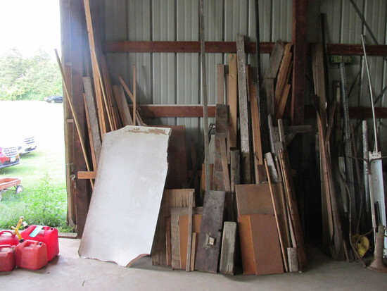Pile of Misc. Lumber – Variety of Sizes