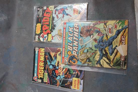 3 Vintage Comic Books 2 Marvel Spidey Super Stories & Black Panther & 1 Atlas