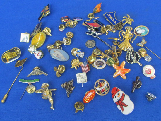 Lot of Tack Pins/Small Pins/Stickpins: Souvenir, Patriotic, Religious