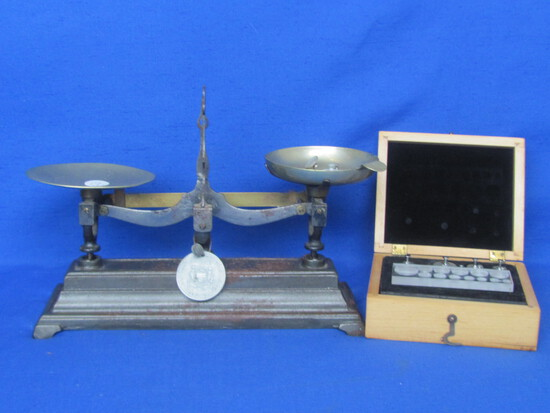 Vintage Balance Scale w Cast Iron Base plus Boxed Set of Newer Weights