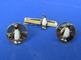 Fun Cufflinks & Tie Clasp Set – Goldtone with Penguins - Unsigned