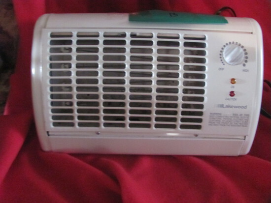 "Lakewood Small Space Heater – 15"" Long – seller says works"