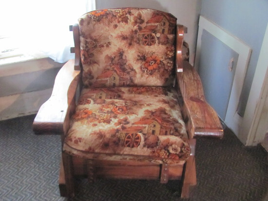 """1970s Chair (Matches Lot 4 & 5) – 34"""" W x 33"""" D x 34"""" T"""