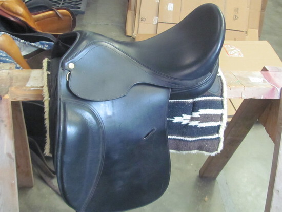 Pro-Trainer Saddle Line by Thornhill Black Leather Saddle – (see lot 13 for pad)