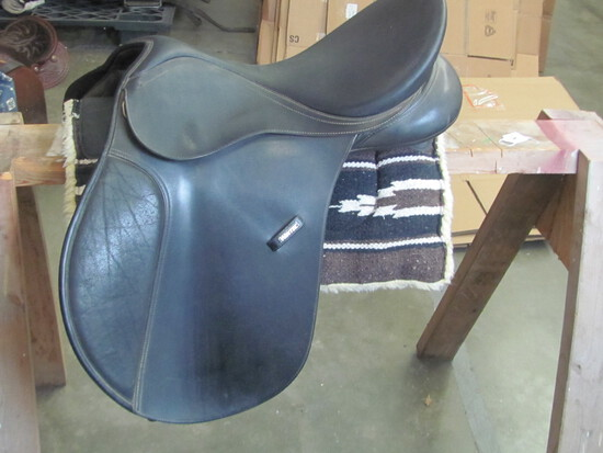 Wintec Black Saddle – (see lot 13 for pad)