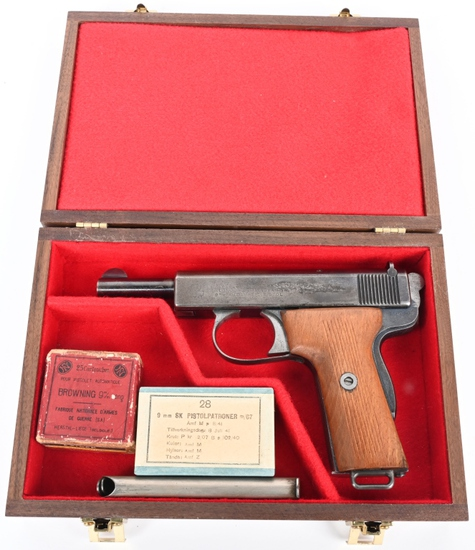 RARE 9MM WEBLEY AUTOMATIC PISTOL WITH AMMO