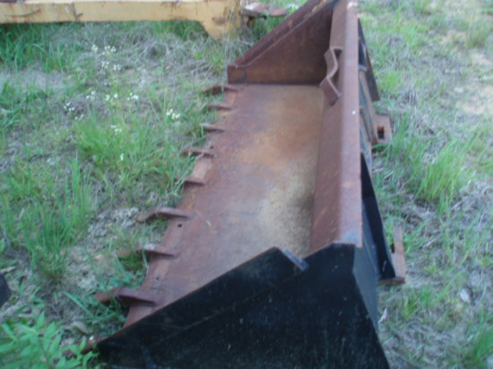 84inch Tooth skidsteer bucket