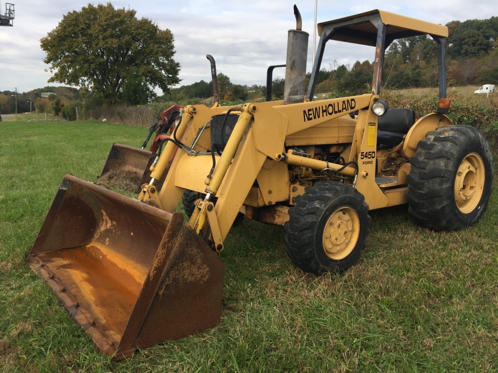 NEW HOLLAND 545D FORD