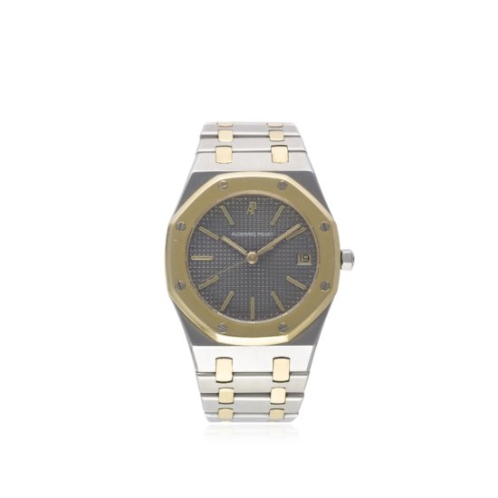 A GENTLEMANS STEEL  GOLD AUDEMARS PIGUET ROYAL OAK BRACELET WATCH CIRCA 1990s  D Grey Clous de Paris