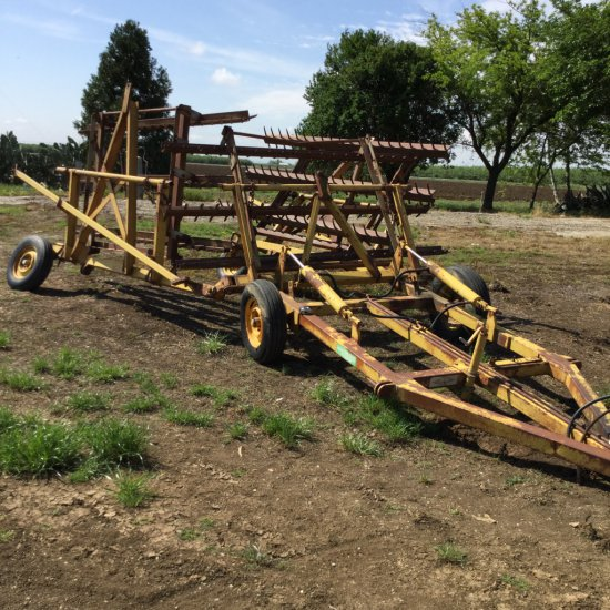 Marvin Harrow Cart w/ 30 ft of Adjustable Spike Harrow