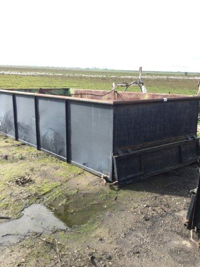16' x 18' Rear Dump Grain Bin