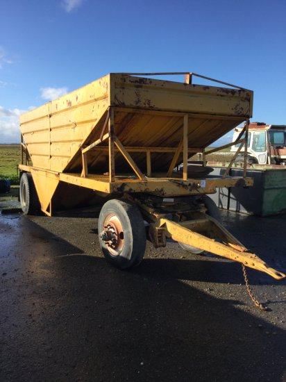 Custom Steel 20' Bottom Dump Grain Trailer