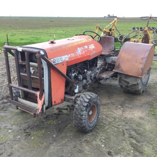 Massey Ferguson 255 Tractor, Diesel