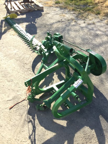 John Deere 350 3-Pt PTO Sickle Bar Mower