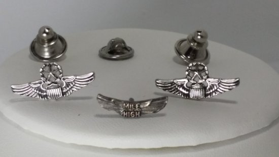 """*RARE* WWII 8th AF Pilots """"MILE HIGH"""" WINGS Silver Lapel PINS"""
