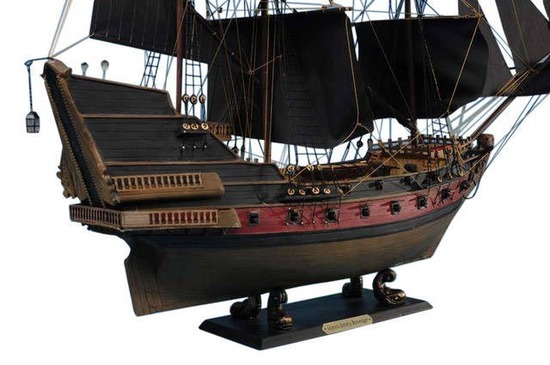 Black Barts Royal Fortune Limited Model Pirate Ship 24in. - Black Sails