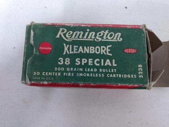 Vintag Box 50rnds Remington Kleanbore 38 Spec.