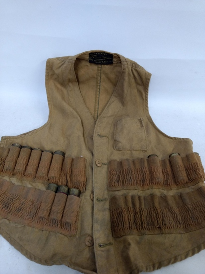 Sm Hunting Vest W/assorted Shot Shells