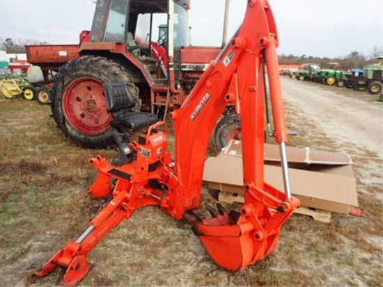 "Kubota Back Hoe Attachment 18"" Bucket"