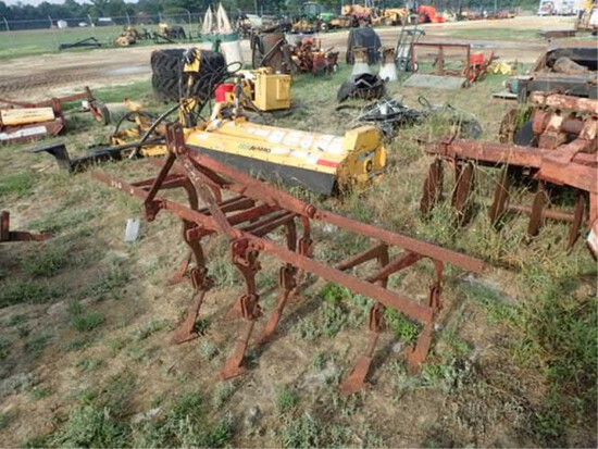 Pittsburg 2 Row Cultivator