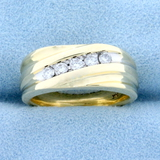 1/4 Ct Tw Diamond Wedding Or Anniversary Band Ring In 14k Yellow And White Gold