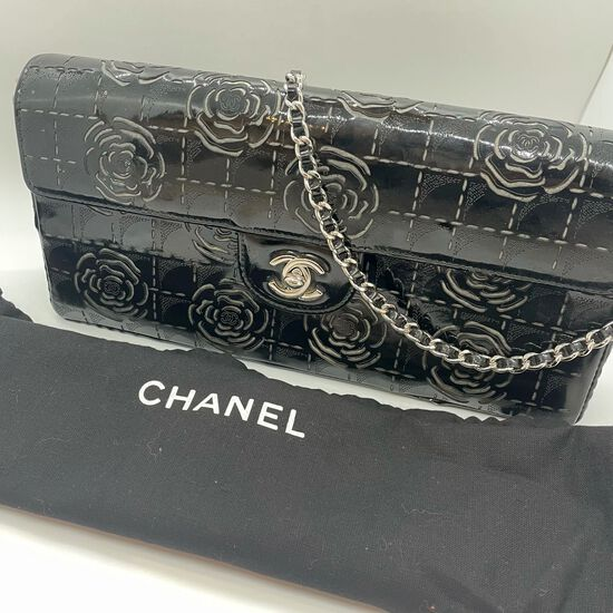 Authentic Chanel 3-way Flap Bag Black Patent Camellia East West