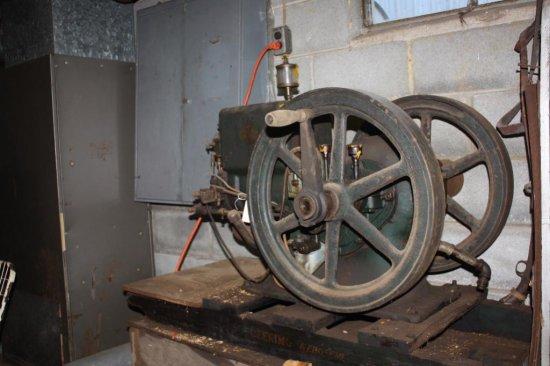 McCormick Deering Model M 3 hp hit & miss engine  | Farm