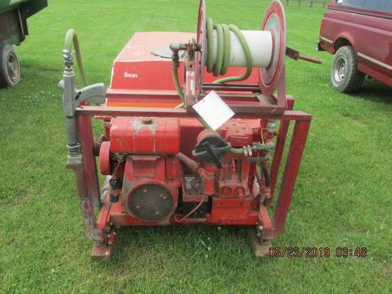 self contained FMC sprayer with 300 gallon tank