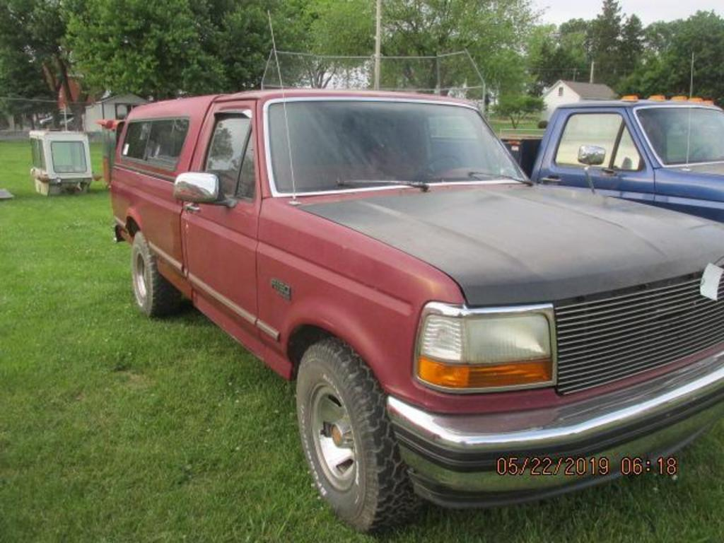 1993 Ford PU with 302