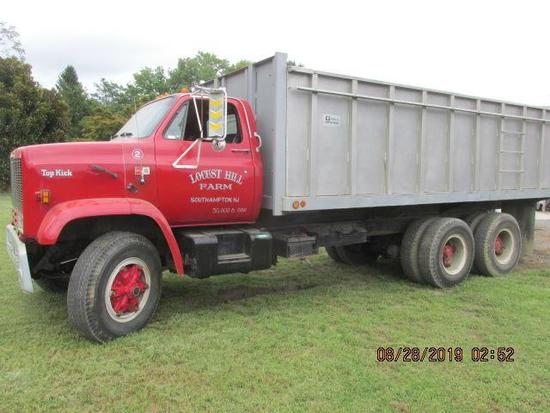 1985 GMC 7000 Top Kick 3 axle w 88,200 miles,