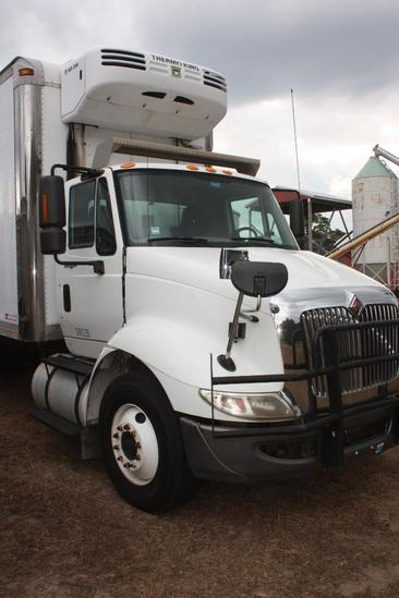 2010 International Transtar 8600, 3 axle Reefer, truck on air ride, has 222,000 total miles