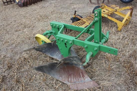 JD 415A 3pt 2X plow, restored cond;