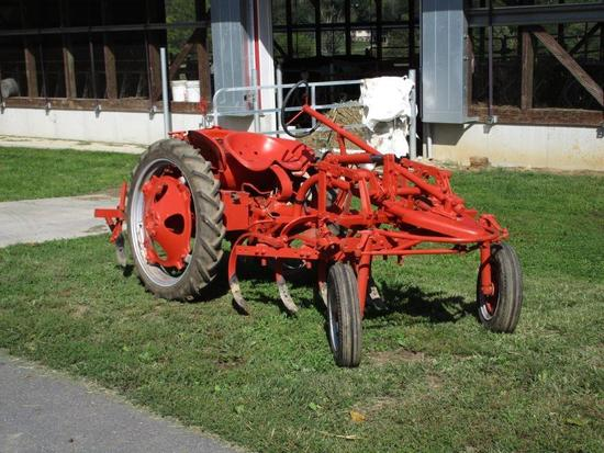 "AC ""G"" with hydraulic and cultivator, nice clean tractor;"