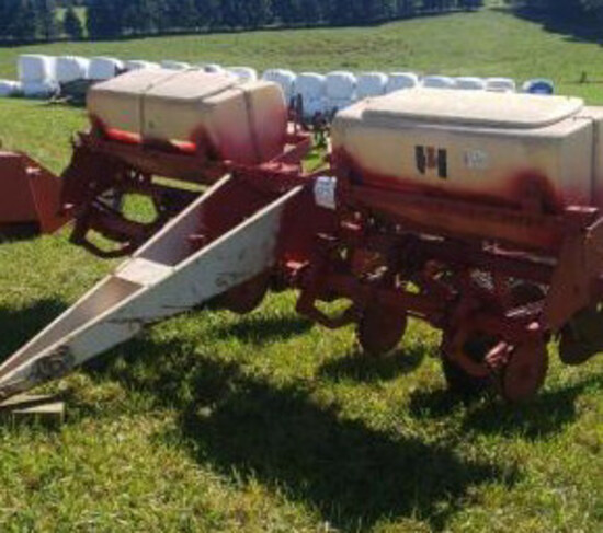 IH #56 planter - for parts