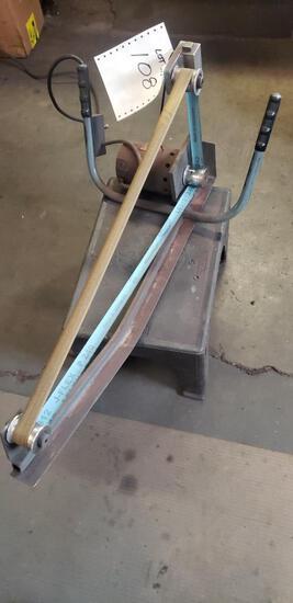Belt sanding tool