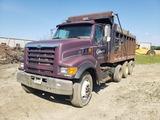 1998 Ford LT-9511 dump truck