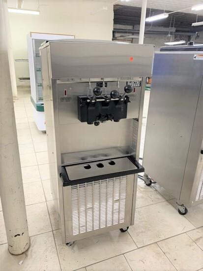 Electro Freeze Ice Cream Machine, model - SL500-132