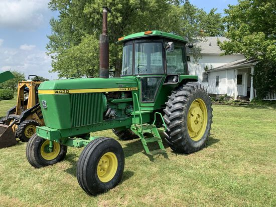 John Deere 4430H tractor