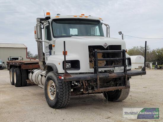2002 International 5600i Truck, VIN # 1HTXHAST22J034297