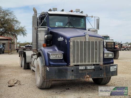 1996 Kenworth T800 Truck, VIN # 1XKDP6EX7TS718924