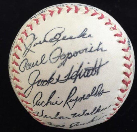 Autographed Baseball 1969 Chicago Cubs Baseball team