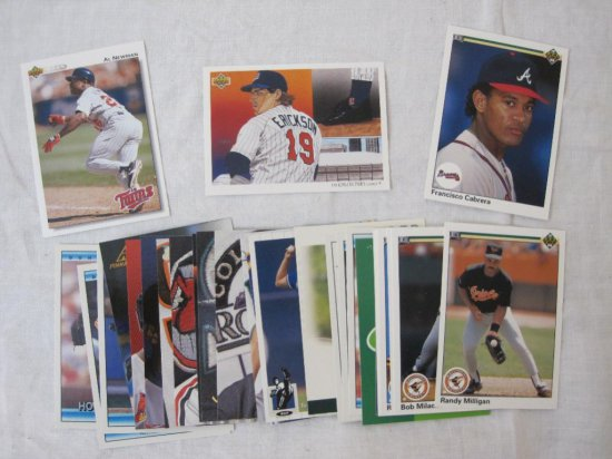 30 Assorted Baseball Cards Inc Auctions Online Proxibid