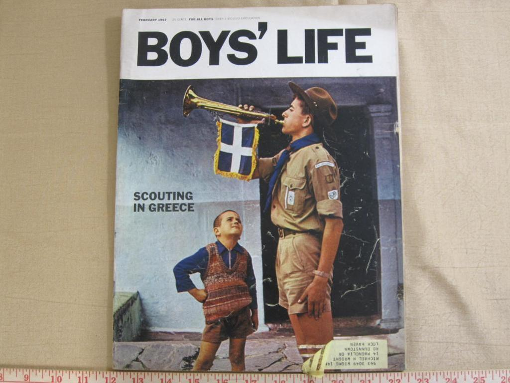 Lot: Lot of five vintage Boys' Life magazines including