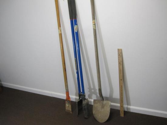 Lot of 3 tools, Post Hole Digger with Fiberglass Handles, Shovel and the Mutt multi tool