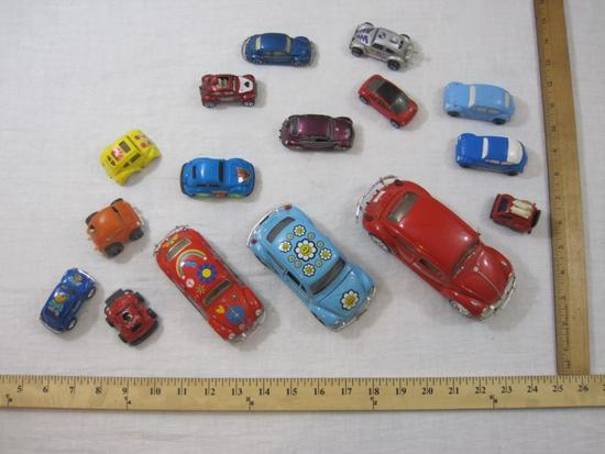 Lot of Assorted Volkswagen VW Bugs and Beetle Cars from Maisto, Jada Toys, Matchbox and more, 2 lbs