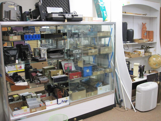 Cameras & Gen Merchandise PickUp Auction