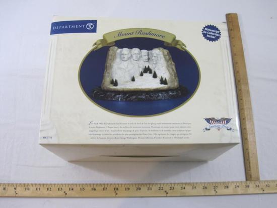 Department 56 Mount Rushmore, American Pride Collection, in original box, 9 lbs 2 oz