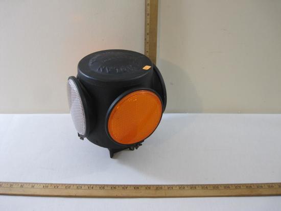 Handlan Frisco Four-Way Railroad Bracket Traffic Light, plastic lenses, 7 oz