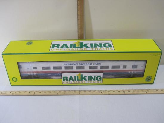 American Freedom 70' Streamlined Passenger Coach Car No 208, Rail King One-Gauge/G-Gauge by MTH