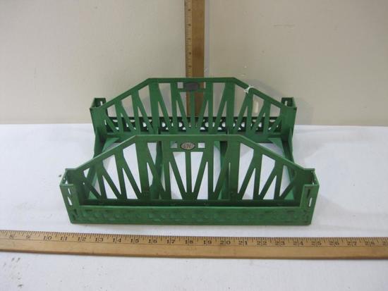 Lionel Pre-War Metal Green Railroad Bridge, standard gauge, 2 lbs